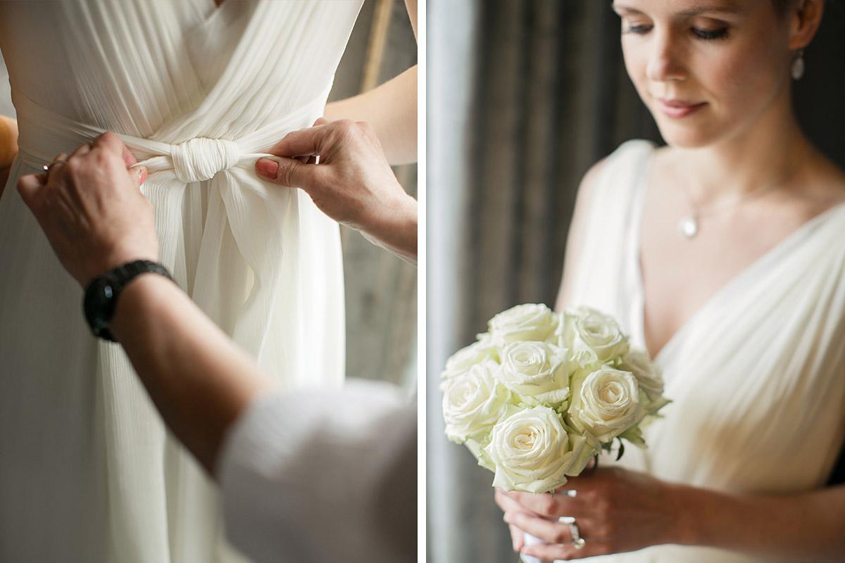 Hochzeitsportrait und Hochzeitsreportagefoto vom Ankleiden der Braut ...