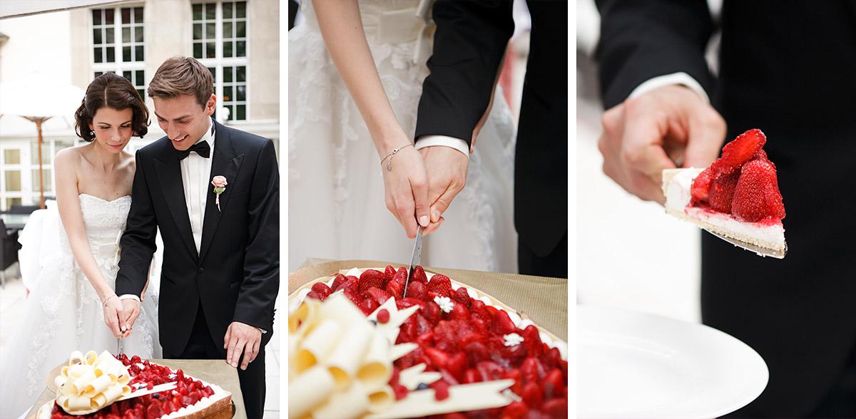 Hochzeitsfotos Vom Brautpaar Beim Anschneiden Der Hochzeitstorte