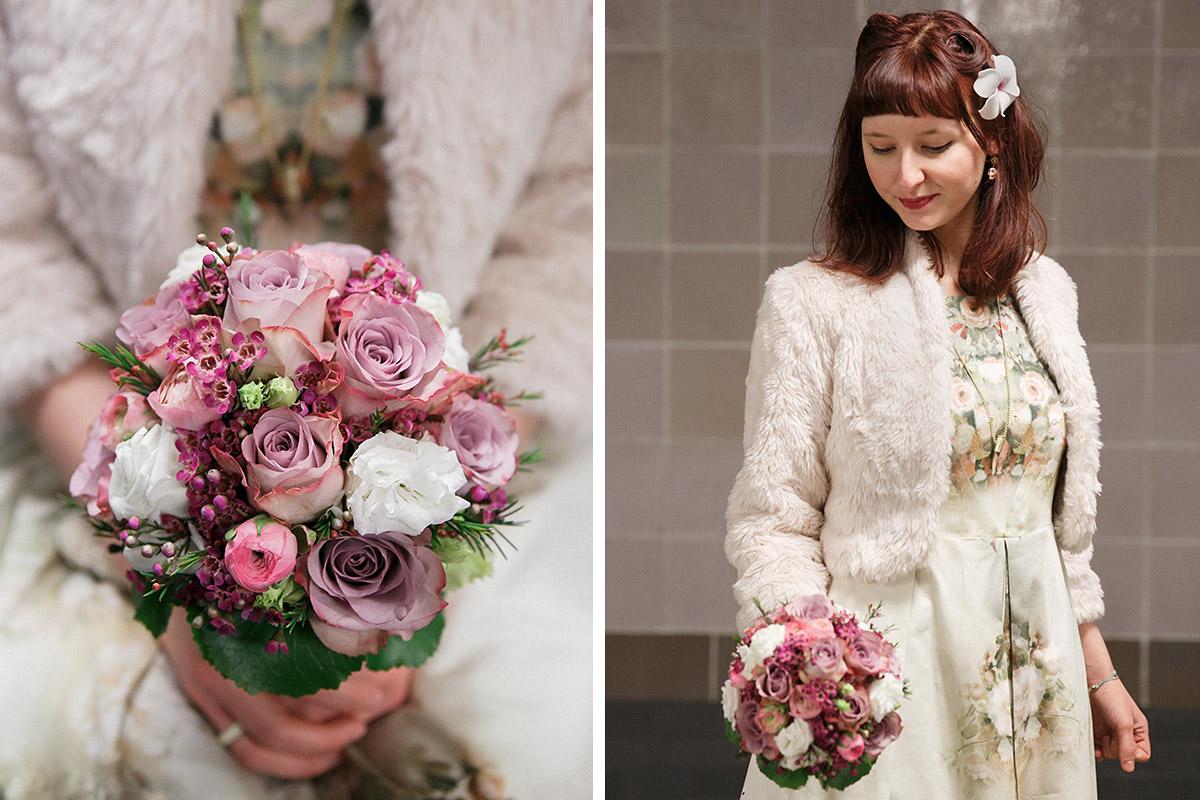Hochzeitsfoto Von Braut In Vintage Hochzeitsoutfit Und Hochzeitsbild