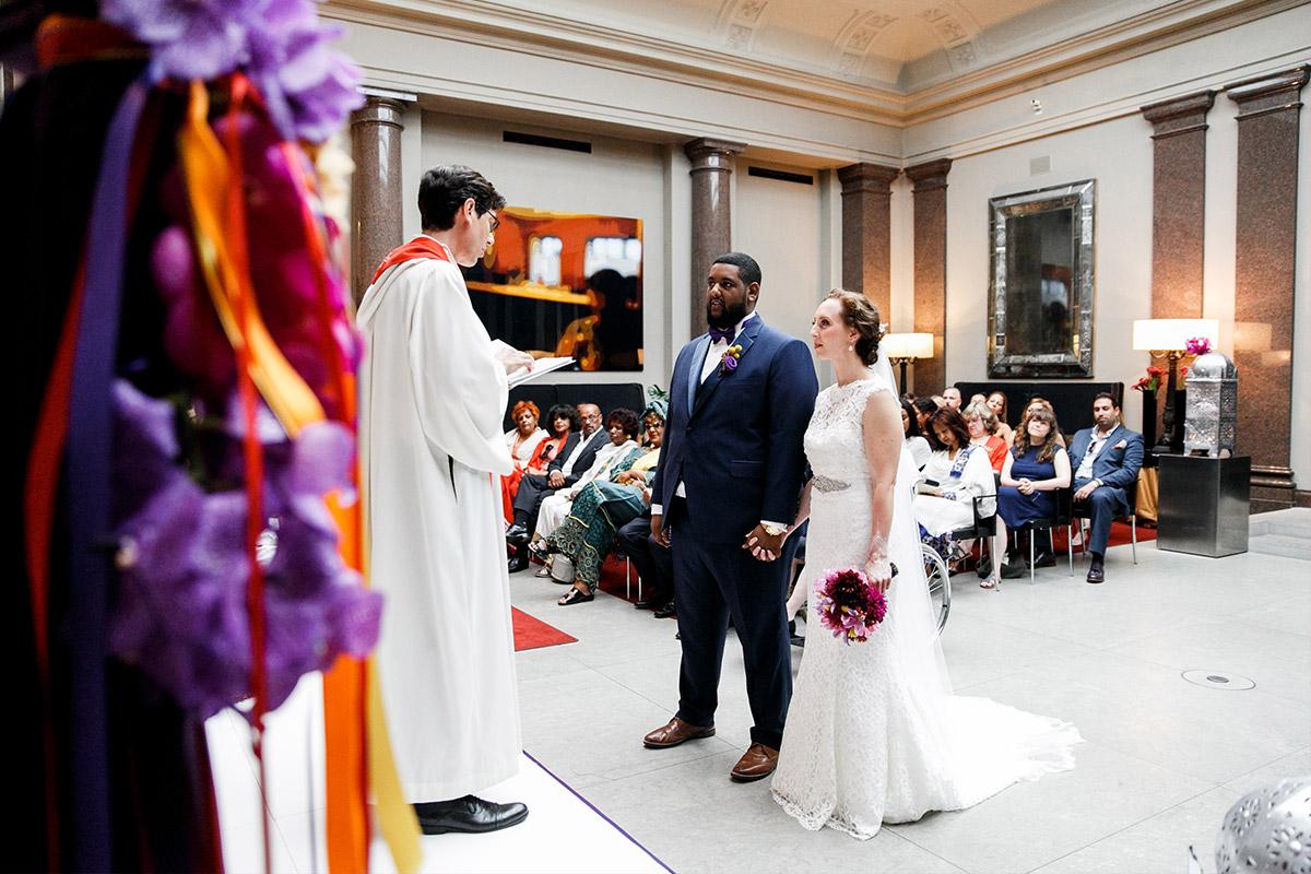 Hochzeitsfoto von Trauung im Hotel de Rome Berlin - Hotel de Rome Berlin Hochzeitsfotograf © www.hochzeitslicht.de