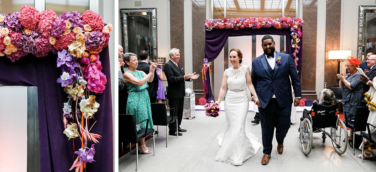 Auszug Brautpaar nach Trauungszeremonie - Hotel de Rome Berlin Hochzeitsfotograf © www.hochzeitslicht.de