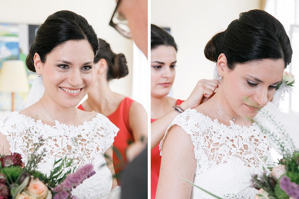 Hochzeitsfotos der Braut aufgenommen von professionellem Hochzeitsfotograf bei Hochzeitsvorbereitungen auf Schloss und Gut Liebenberg © Hochzeitsfotograf Berlin www.hochzeitslicht.de
