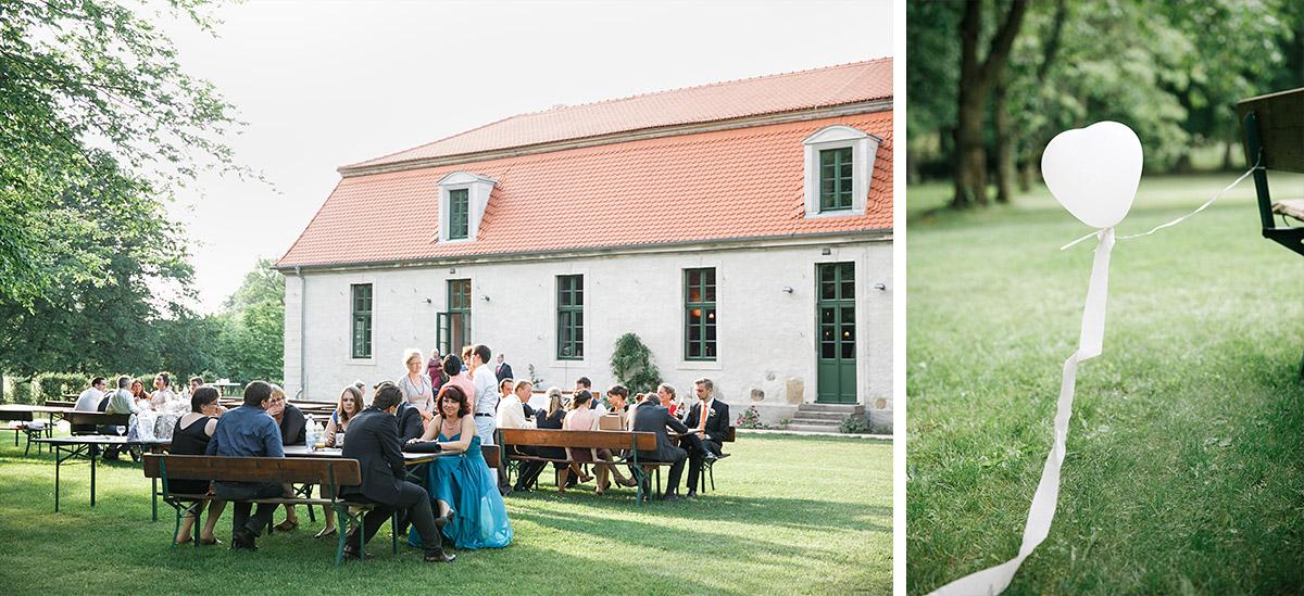 Hochzeitsfotos von Sommerhochzeit auf Gut Suckow Brandenburg © Hochzeitsfotograf Berlin www.hochzeitslicht.de