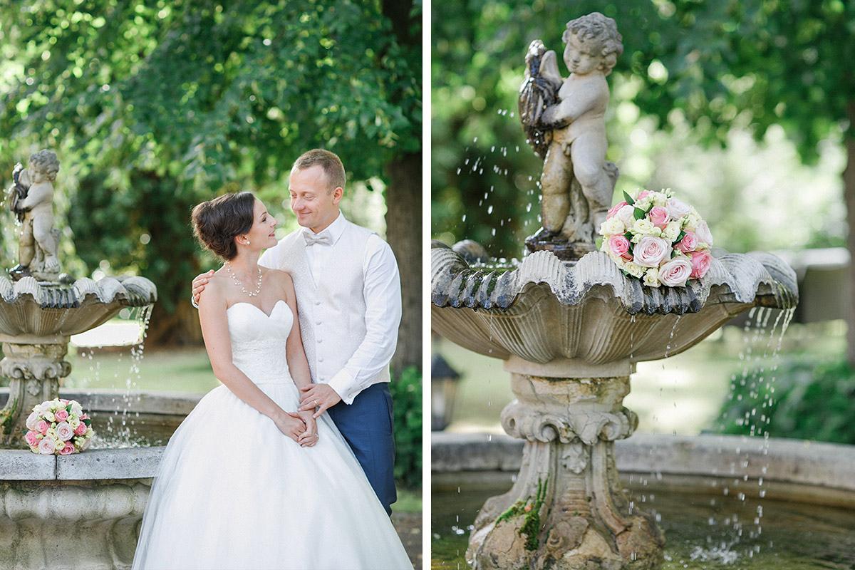 romantisches Brautpaarfoto aufgenommen von professionellem Hochzeitsfotograf im Garten des Patrick Hellmann Schlosshotel Berlin in Berlin-Grunewald © Hochzeit Berlin www.hochzeitslicht.de