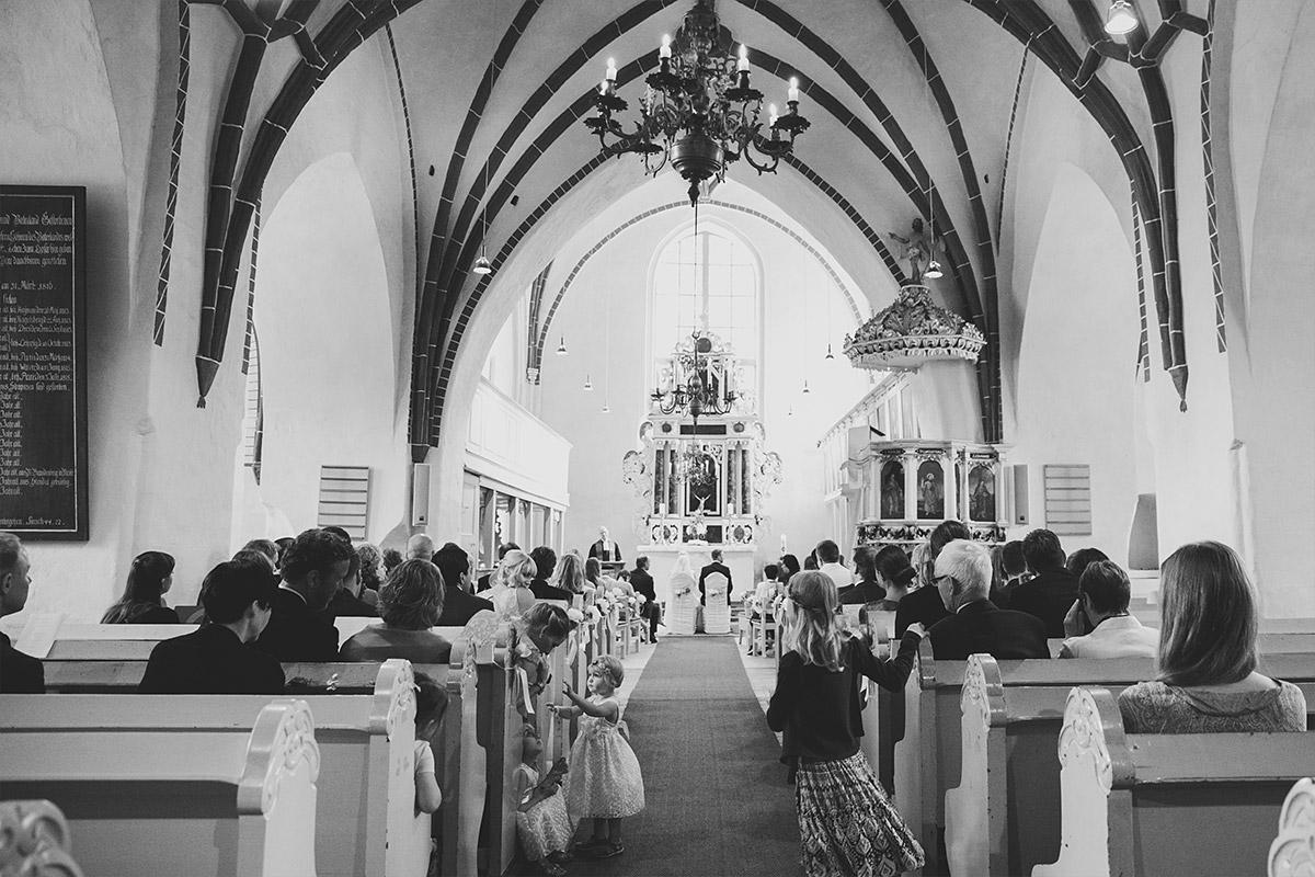 kirchliche Trauung in St. Nikolai-Kirche in Kremmen - Seelodge Kremmen Hochzeitsfotograf © www.hochzeitslicht.de