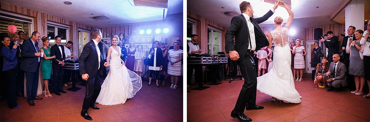 Hochzeitsfotos vom Eröffnungstanz des Brautpaares bei Seelodge Kremmen Hochzeit - Seelodge Kremmen Hochzeitsfotograf © www.hochzeitslicht.de