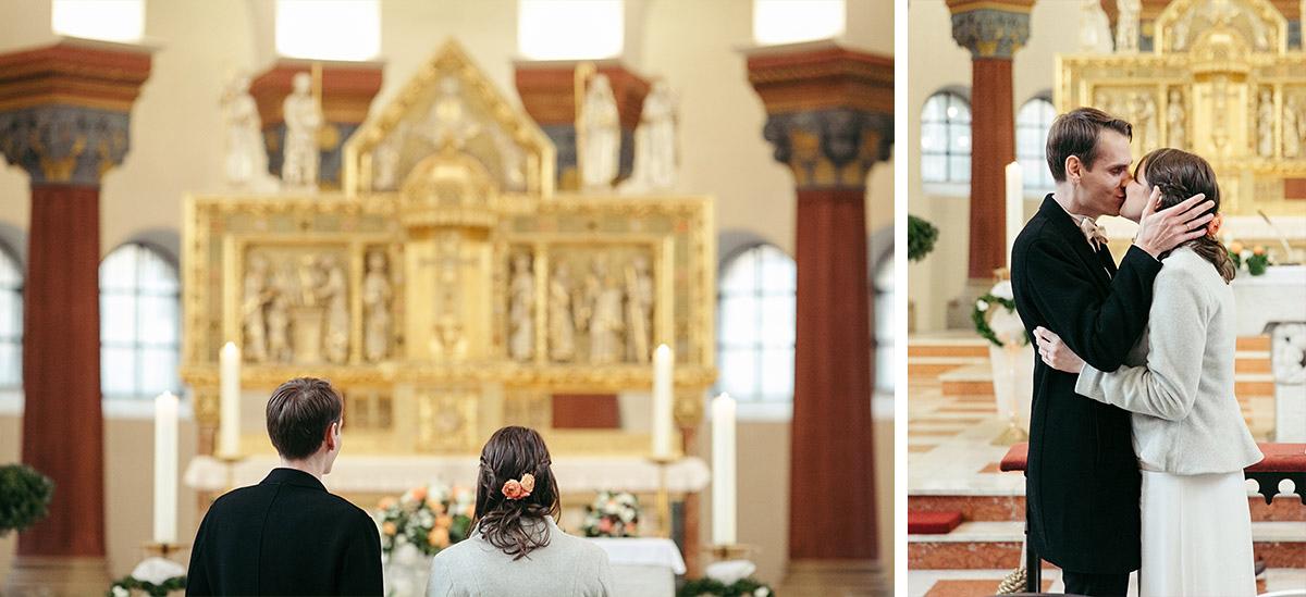 Hochzeitsreportagefoto von Ja-Wort bei Hochzeit in St. Marien Liebfrauen © Hochzeit Berlin www.hochzeitslicht.de