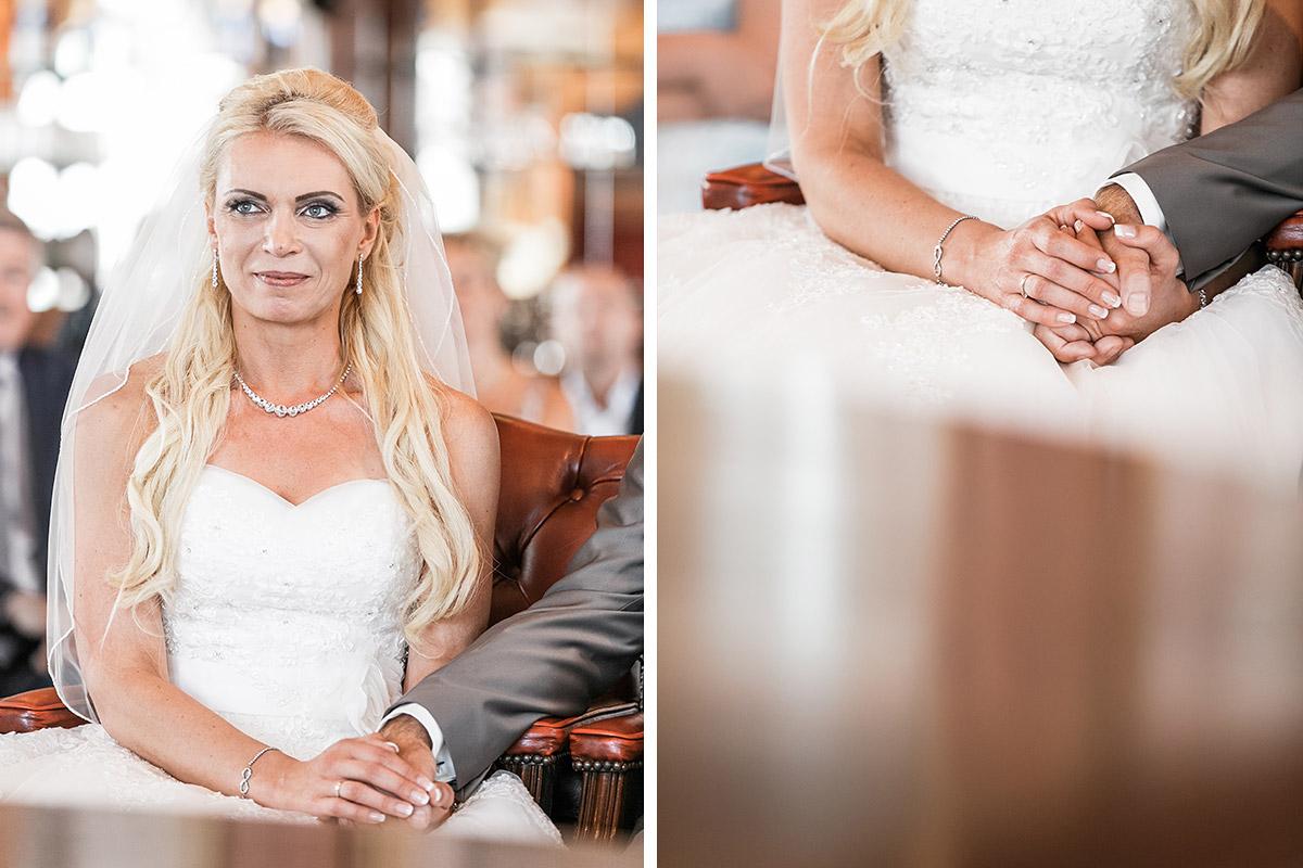 Ungestellte Hochzeitsfotos von Braut und Brautpaar bei Trauung auf Rügen - Ostsee Hochzeitsfotograf © www.hochzeitslicht.de