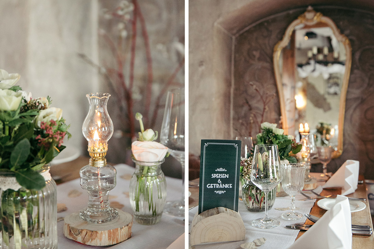 Hochzeitsfoto von Tischdekoration bei Hochzeit in Restauration Alte Schmiede Zepernick - Winterhochzeit Berlin-Pankow Hochzeitsfotograf © www.hochzeitslicht.de