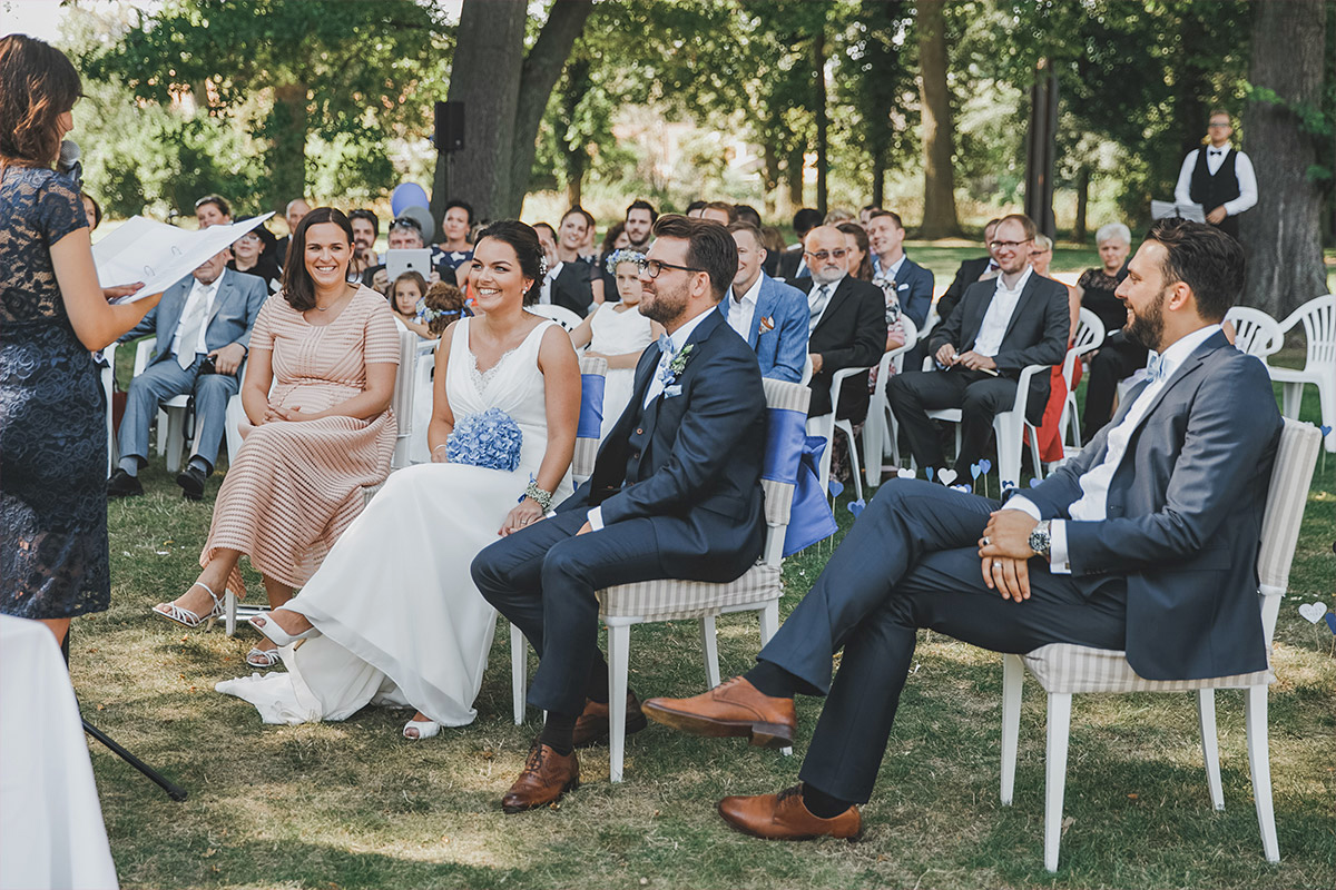 authentisches Hochzeitsfoto bei Schloss Neuhardenberg Hochzeit - Schloss Neuhardenberg Hochzeitsfotograf © www.hochzeitslicht.de