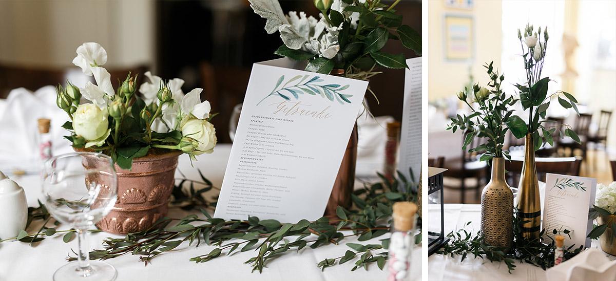 Uppige Tischdekoration Aus Weissen Rosen Hortensien Eukalyptus Und