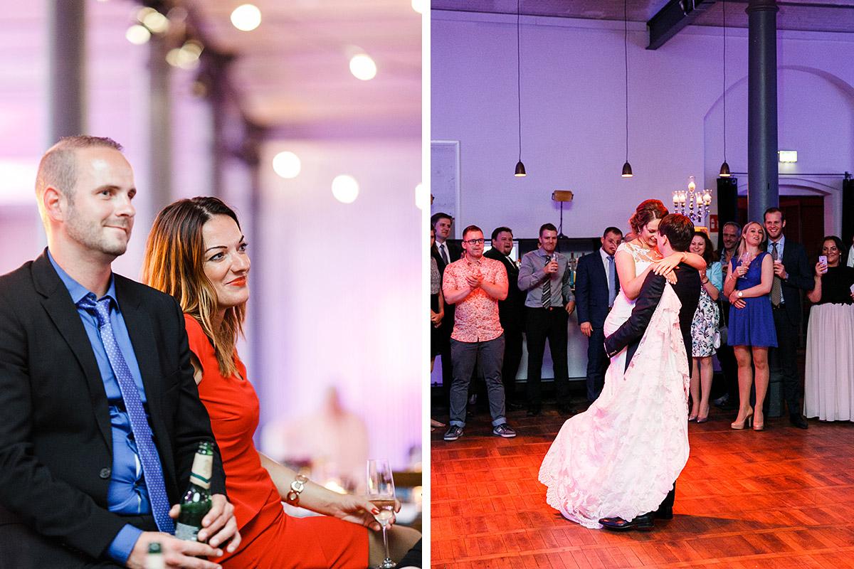 Eröffnungstanz des Brautpaars bei Berlinhochzeit im Magazin in der Heeresbäckerei - Berlin Hochzeitsfotograf © www.hochzeitslicht.de