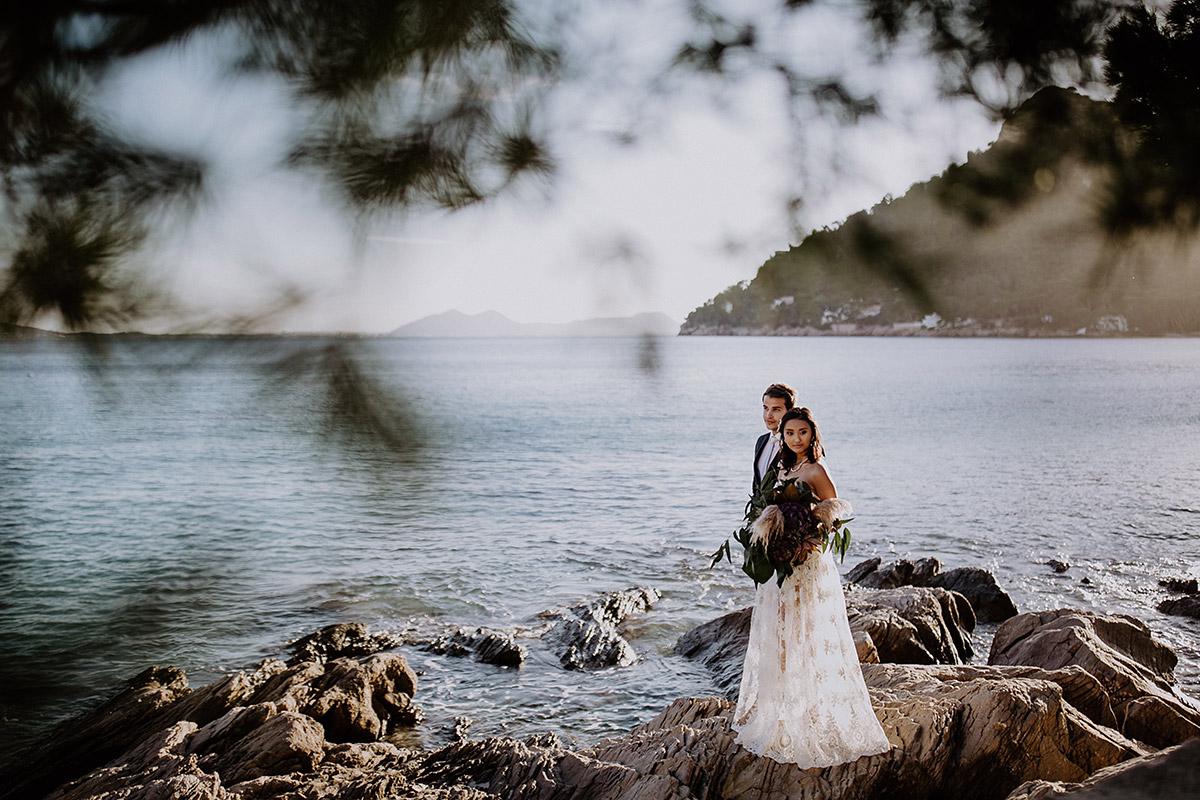 Brautpaarfoto am Strand - Mallorca Hochzeitsfotograf © www.hochzeitslicht.de