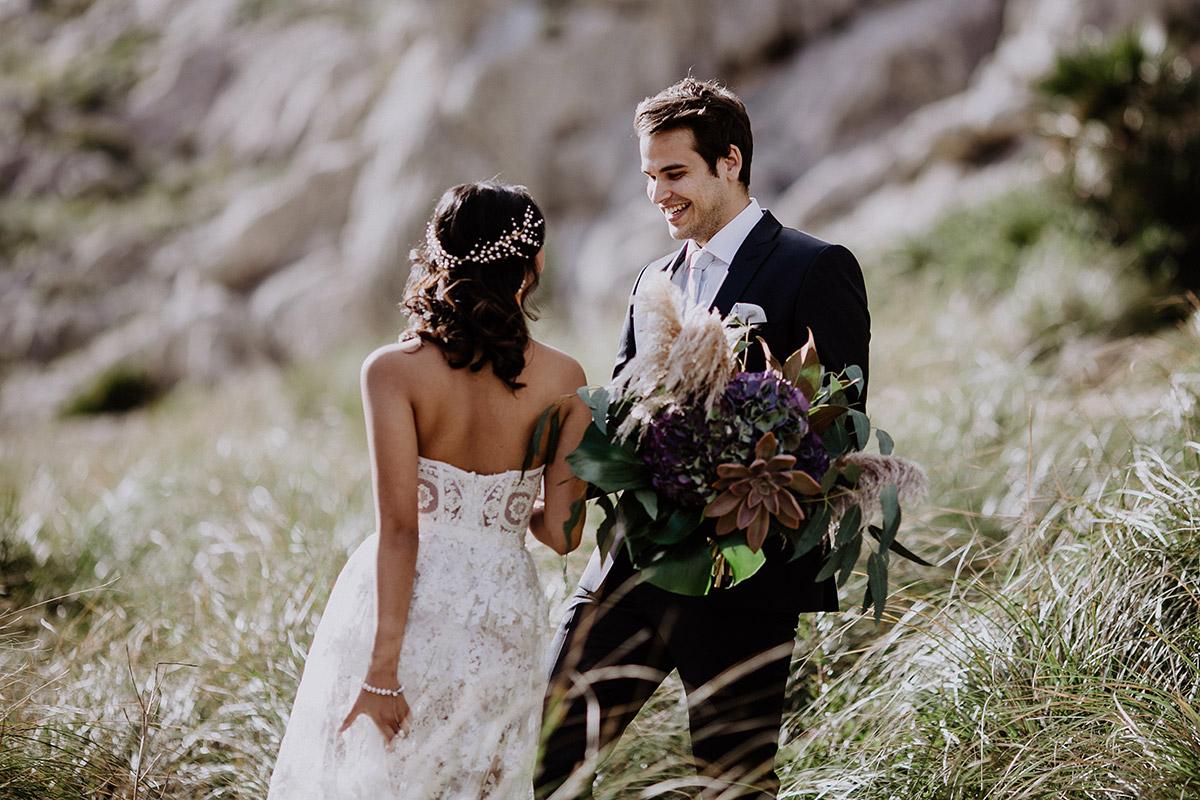 First Look bei Elopement - Mallorca Hochzeitsfotograf © www.hochzeitslicht.de
