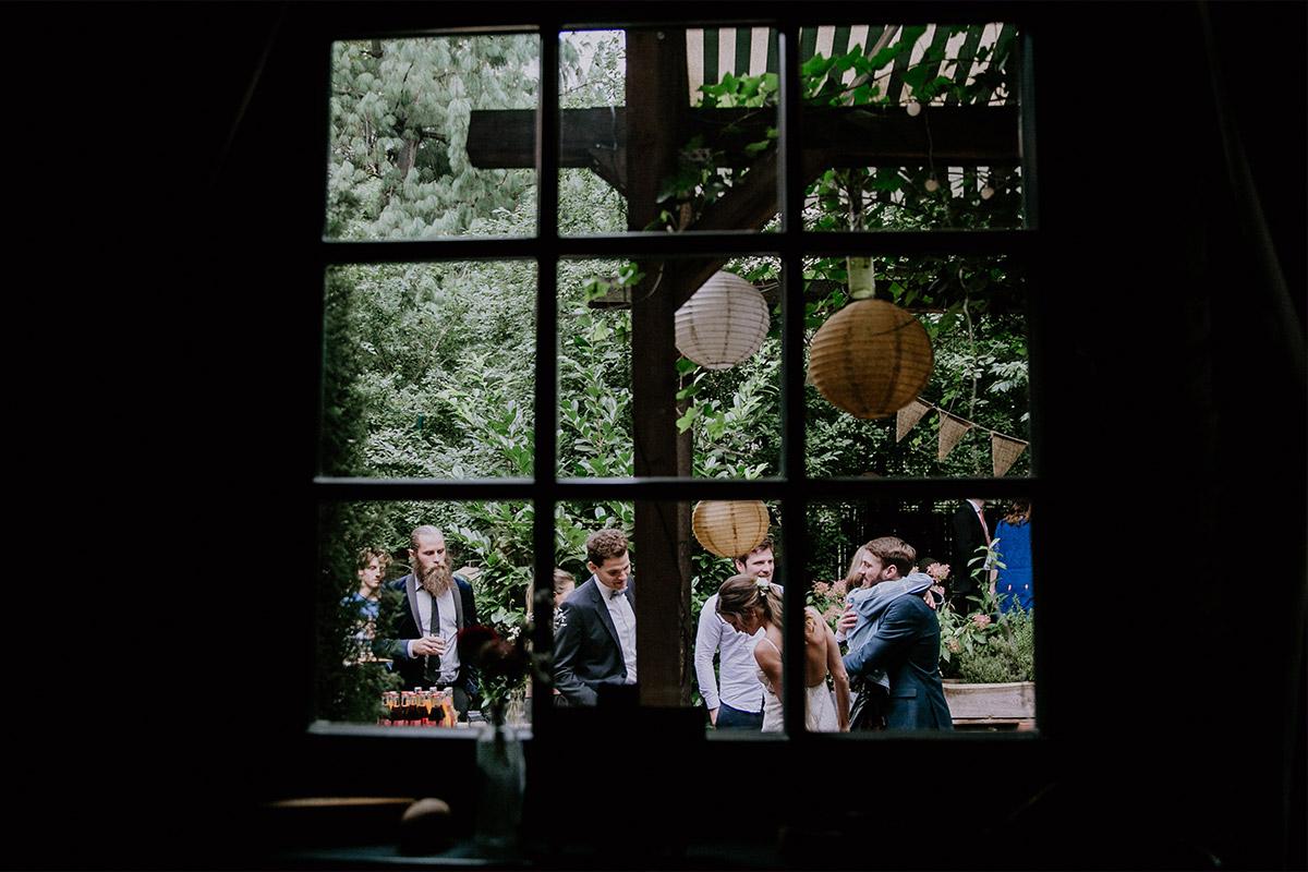 Hochzeitsfeier im Garten - Alte Schmiede Old Smithy's Dizzle Hochzeitsfotograf © www.hochzeitslicht.de