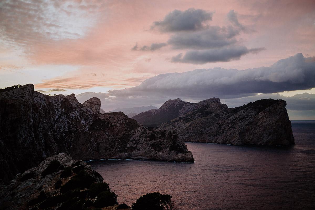 Sonnenuntergang über Cap de Formentor - Mallorca Hochzeitsfotograf © www.hochzeitslicht.de
