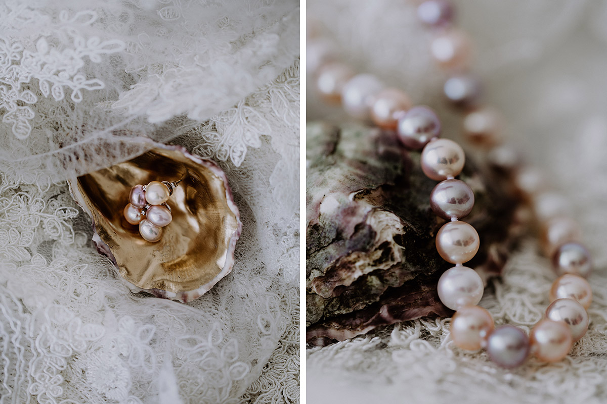 Brautschmuck aus Perlen bei intimer maritimer Hochzeit zu zweit - Mallorca Hochzeitsfotograf © www.hochzeitslicht.de