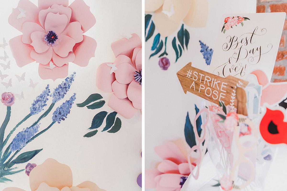 Details von Photobooth-Hintergrund mit Blumen und Accessoires - Landgut Stober Hochzeitsfotograf © www.hochzeitslicht.de