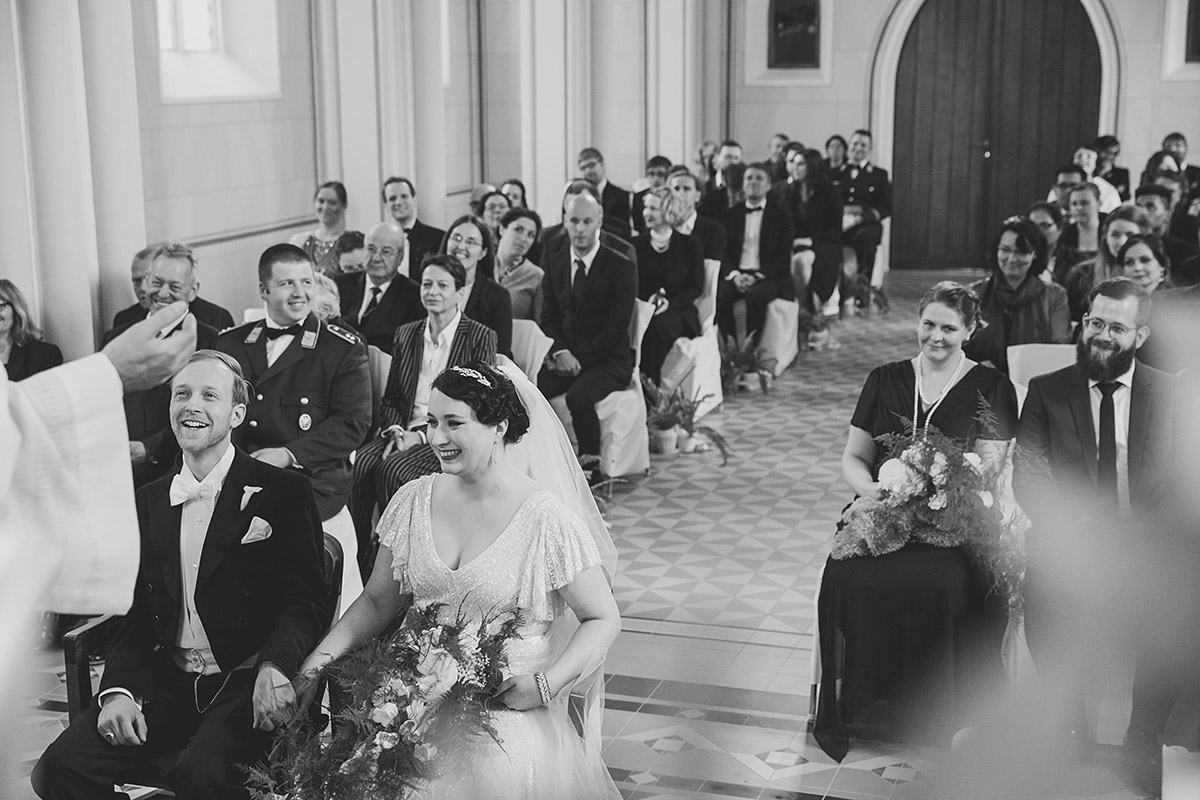 Trauung bei Art Deco Hochzeit - Schloss Kröchlendorff Hochzeitsfotograf © www.hochzeitslicht.de