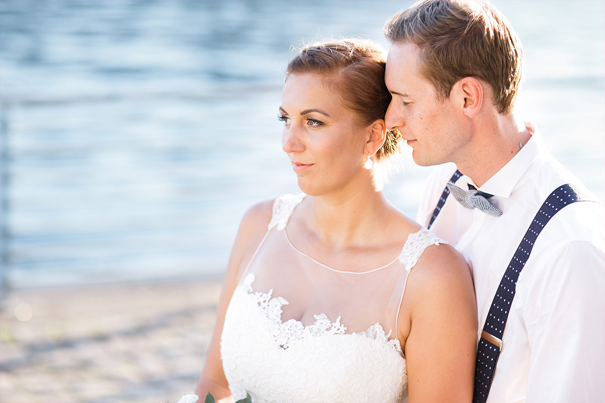 romantisches Brautpaarfoto - Spreespeicher Hochzeitsfotograf © www.hochzeitslicht.de