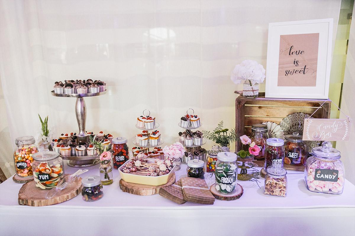 Candybar bei Vintage-Hochzeit - Spreespeicher Hochzeitsfotograf © www.hochzeitslicht.de