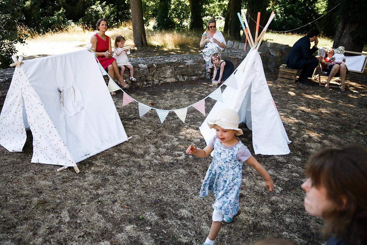 Kinderbetreuung Boho-Hochzeit - Schloss Marquardt Hochzeitsfotograf Potsdam © www.hochzeitslicht.de