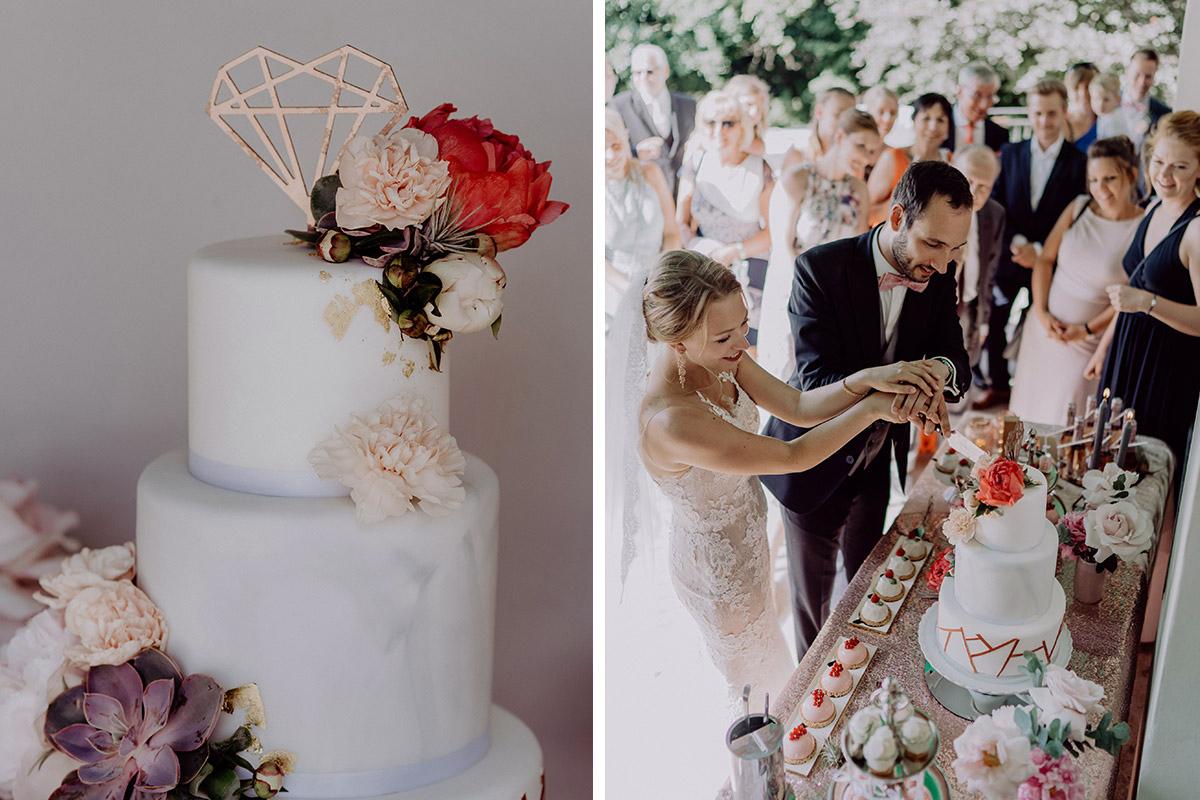 Hochzeitsfotos Anschneiden Hochzeitstorte Boho Hochzeit Villa Blumenfisch - Villa Blumenfisch Berlin Hochzeitsfotograf © www.hochzeitslicht.de