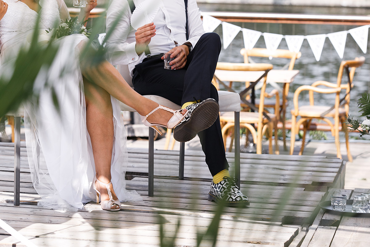 moderne Hochzeitsfotografie hippe Berlin Hochzeit im Sommer - Sage Restaurant Berlin Hochzeitsfotograf © www.hochzeitslicht.de