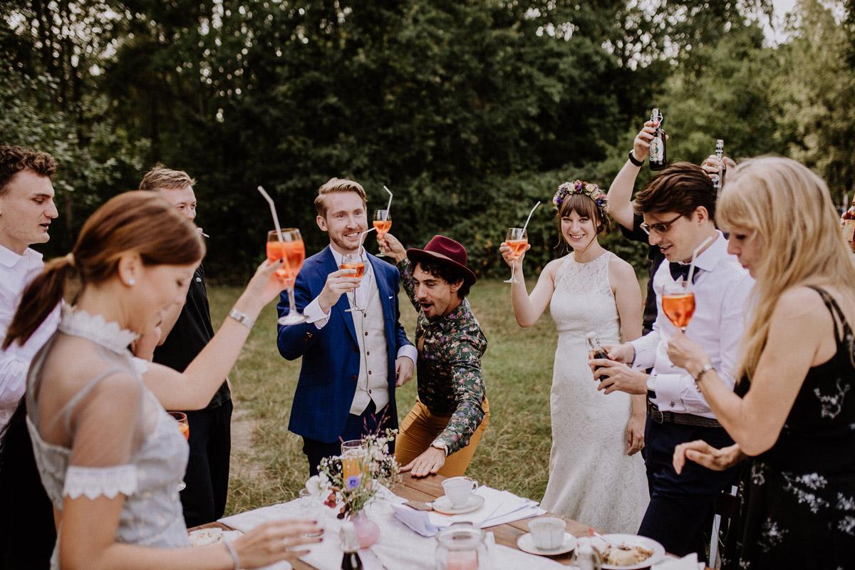 Hochzeitsreportage Boho Hochzeit Museumsdorf Düppel - Hochzeitsvilla Zehlendorf Berlin Hochzeitsfotograf © www.hochzeitslicht.de