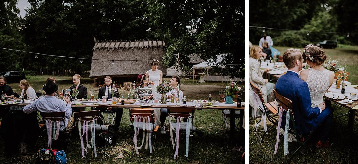 Festtafel bei Hochzeitsfeier im Museumsdorf Düppel - Hochzeitsvilla Zehlendorf Berlin Hochzeitsfotograf © www.hochzeitslicht.de