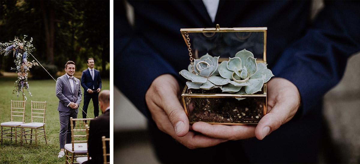 Hochzeitsreportagefoto von wartendem Bräutigam und Ringkästchen mit Sukkulenten - Schloss Kartzow Potsdam Hochzeitsfotograf © www.hochzeitslicht.de