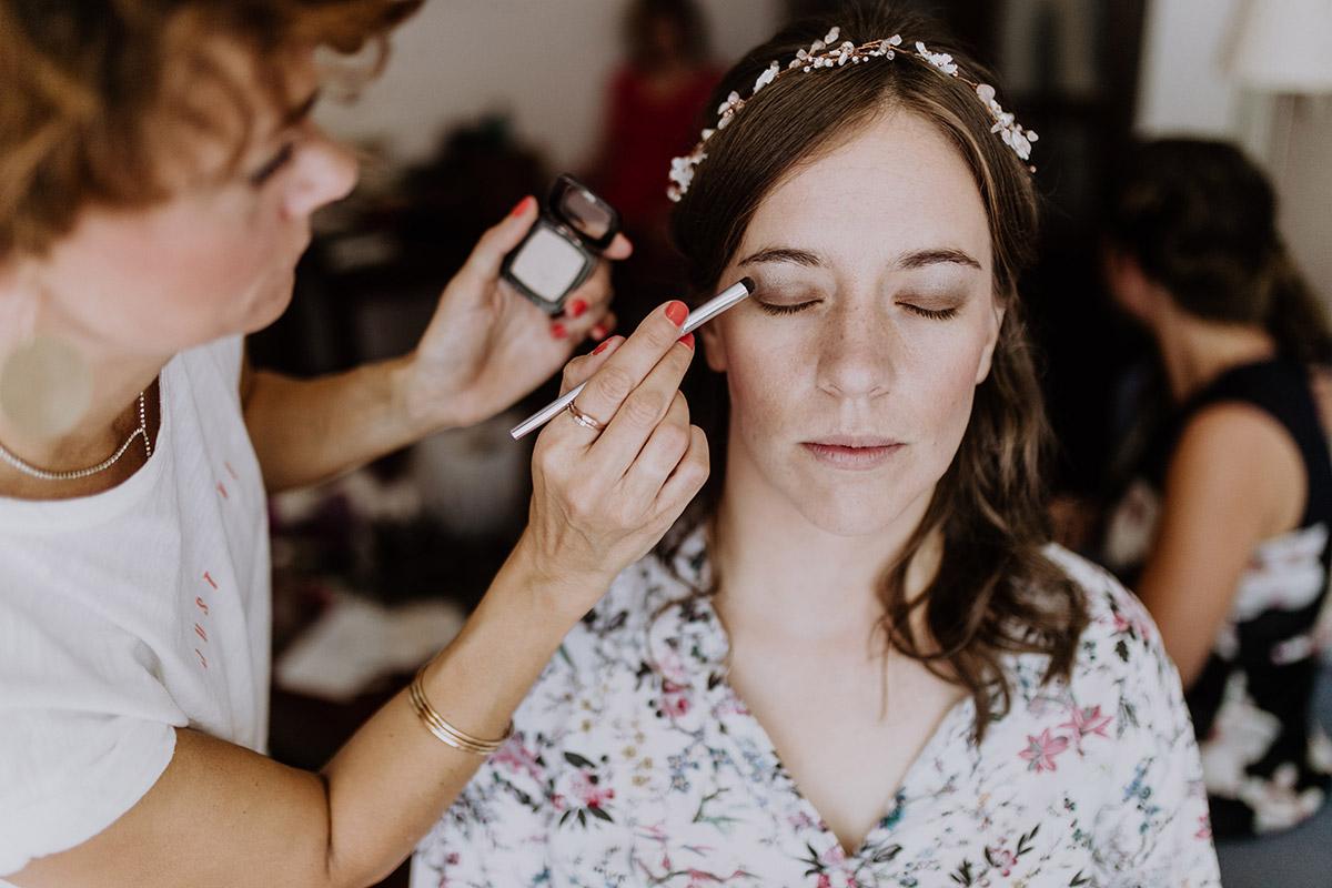 Getting Ready der Braut bei Hochzeit im Hotel Hanseatic Rügen - Seebrücke Sellin Rügen Hochzeitsfotograf © www.hochzeitslicht.de