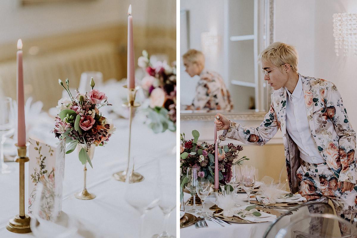 stilvoll-elegante Tischdekoration mit Blumen bei Sommerhochzeit - Gut Schloss Golm Potsdam Hochzeitsfotograf © www.hochzeitslicht.de