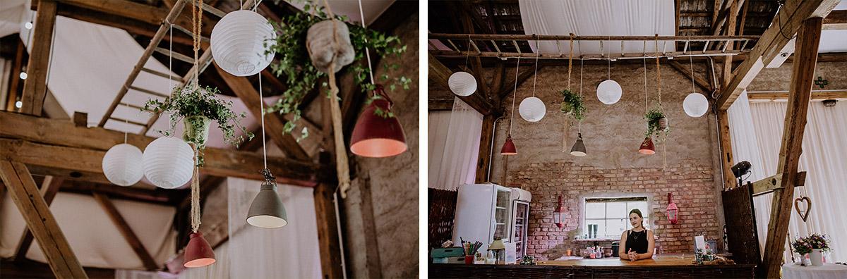 Dekoration Papier Ballons Scheunenhochzeit - Vierseithofcafé Brandenburg Hochzeitsfotograf © www.hochzeitslicht.de