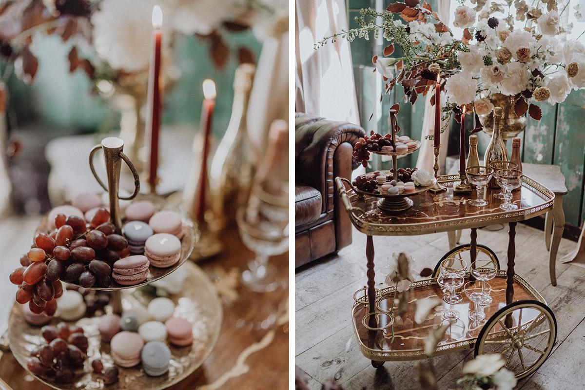 Candybar bei opulenter Venedig Hochzeit mit Macarons von La Petite Bellerose und Blumen von Kopflegenden - Berlin Hochzeitsfotograf © www.hochzeitslicht.de