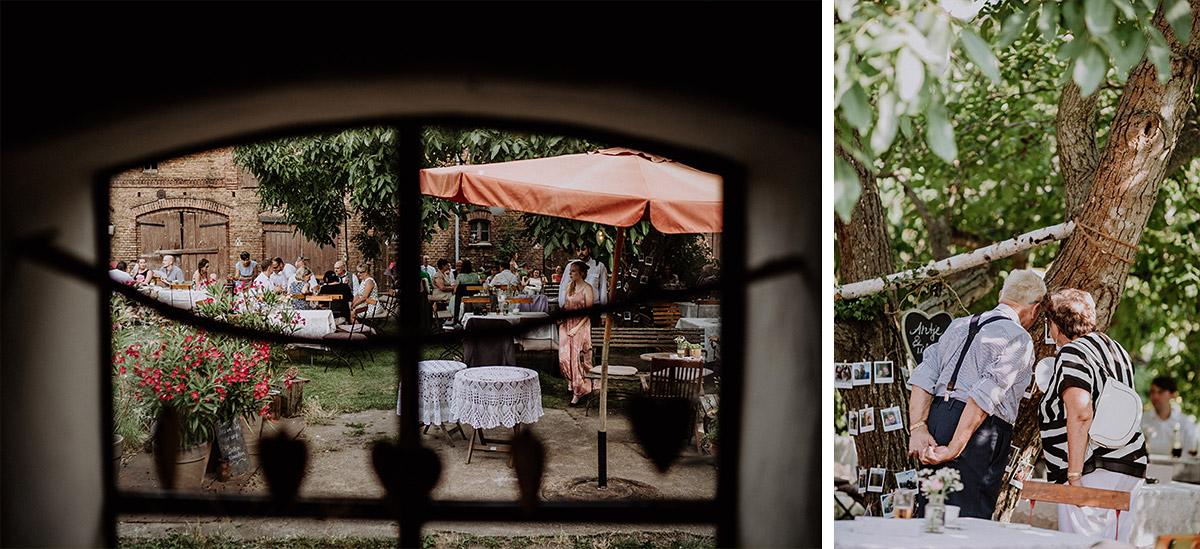 Hochzeitsfotos Garten Scheunenhochzeit - Vierseithofcafé Brandenburg Hochzeitsfotograf © www.hochzeitslicht.de