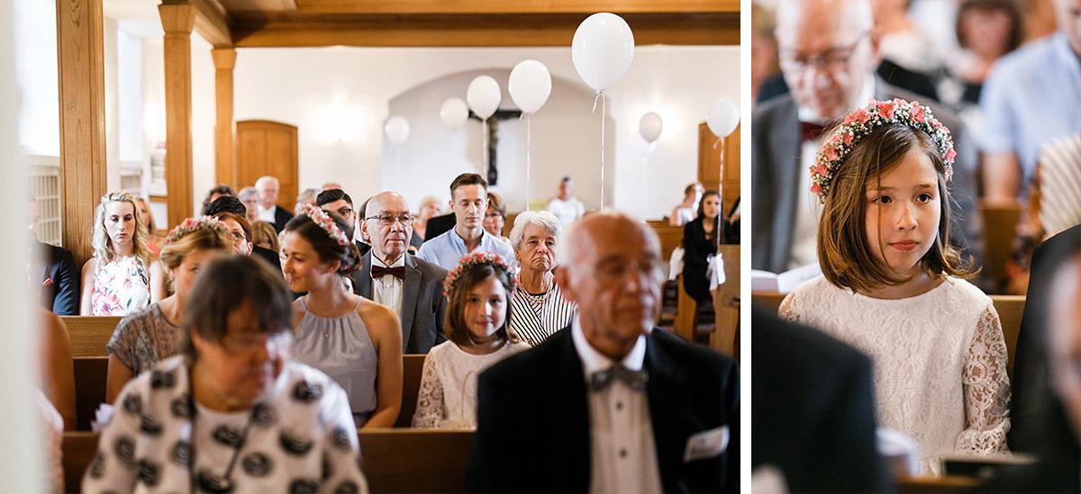 Hochzeitsfotografien kirchliche Trauung Dorfkirche Britz - Ochsenstall Schloss Britz Hochzeitsfotograf © www.hochzeitslicht.de
