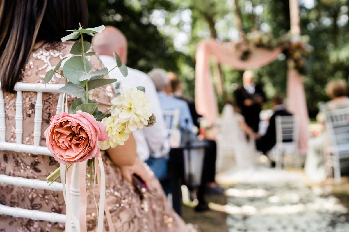 Hochzeitsreportage freie Trauung - Schlosshotel Berlin Hochzeitsfotograf © www.hochzeitslicht.de