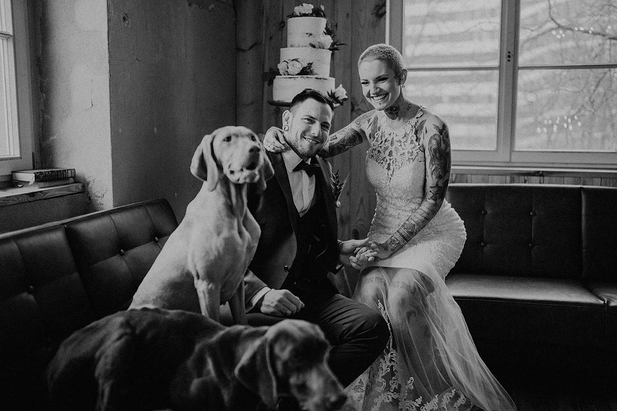 entspannte Indie Hochzeit mit Hunden - The Grand Berlin Hochzeitsfotograf © www.hochzeitslicht.de