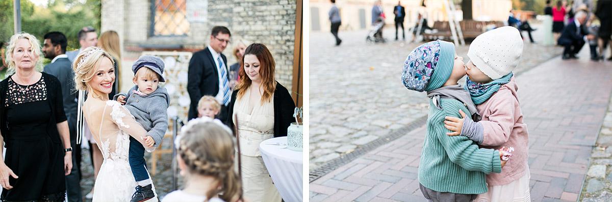 Hochzeitsreportage Herbsthochzeit - Ochsenstall Schloss Britz Hochzeitsfotograf © www.hochzeitslicht.de