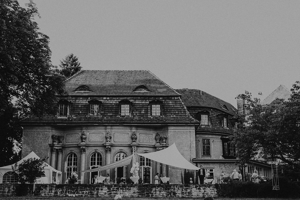 Hochzeitsfoto Schloss Marquardt - Schloss Marquardt Potsdam Hochzeitsfotograf © www.hochzeitslicht.de
