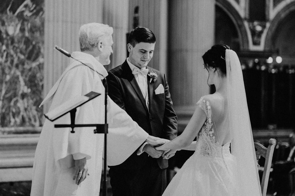 Trauung Kirche Berliner Dom Hochzeitsfotografie - Hochzeit im Hotel de Rome von Hochzeitsfotograf Berlin © www.hochzeitslicht.de #hochzeitslicht