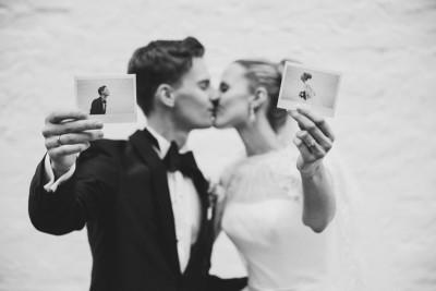 kreative Hochzeitsfotografie Polaroid - Schloss Diedersdorf Hochzeitsfotograf © www.hochzeitslicht.de