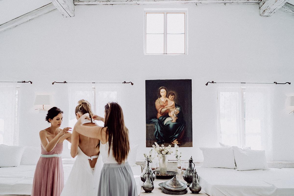 Inspiration Hochzeitsfoto Getting Ready Braut rustikal-elegante Hochzeit Bleiche Resort und Spa - vintage Spreewaldhochzeit Hotel zur Bleiche Hochzeitsfotograf und Hochzeitsvideo Berlin © www.hochzeitslicht.de