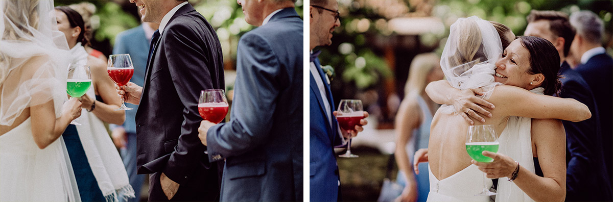 Hochzeitsfoto Gäste Gratulation Empfang nach freier Trauung - vintage Spreewaldhochzeit Hotel zur Bleiche Hochzeitsfotograf und Hochzeitsvideo Berlin © www.hochzeitslicht.de