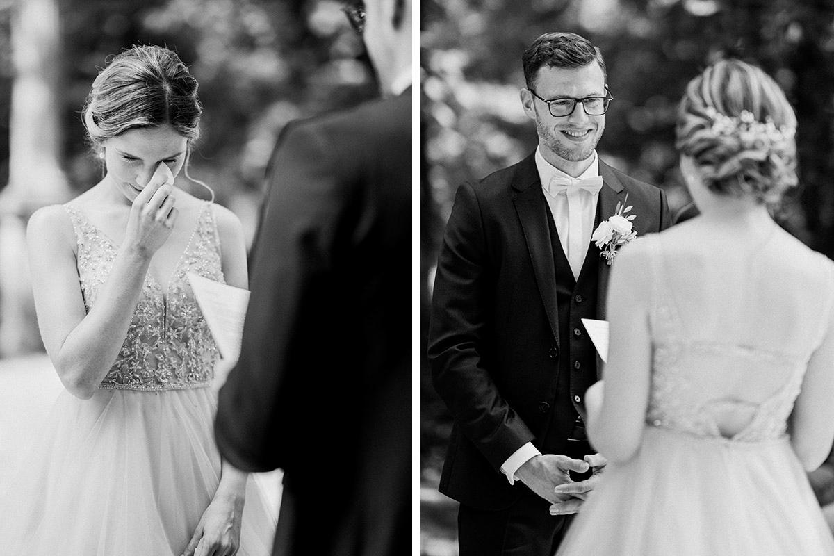 emotionale Hochzeitsfotos Brautpaar bei Ja-Wort freie Traung edle Landhochzeit - Schloss Blankensee Hochzeit Hochzeitsfotograf Berlin © www.hochzeitslicht.de