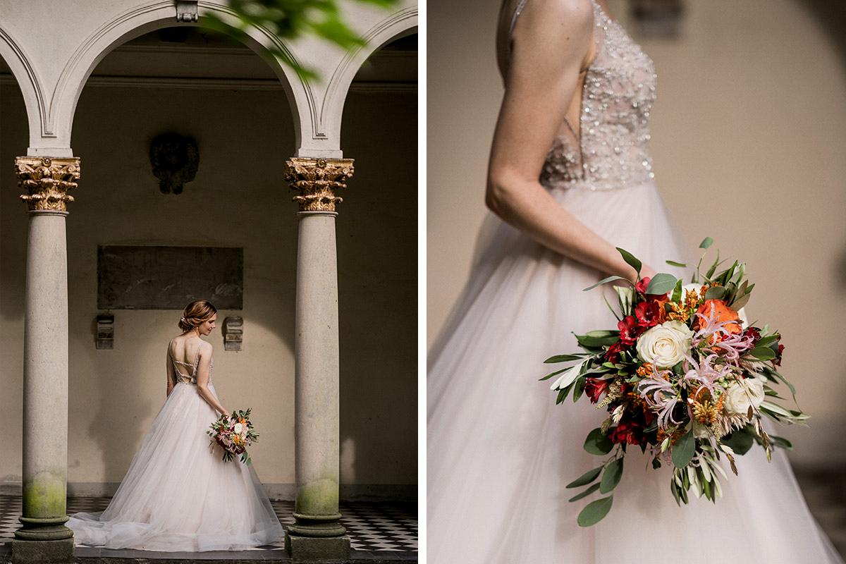 Hochzeitsfotos Braut mit Brautstrauß Sommerhochzeit Hochzeitfotografin Brandenburg - Schloss Blankensee Hochzeit Hochzeitsfotograf Berlin © www.hochzeitslicht.de