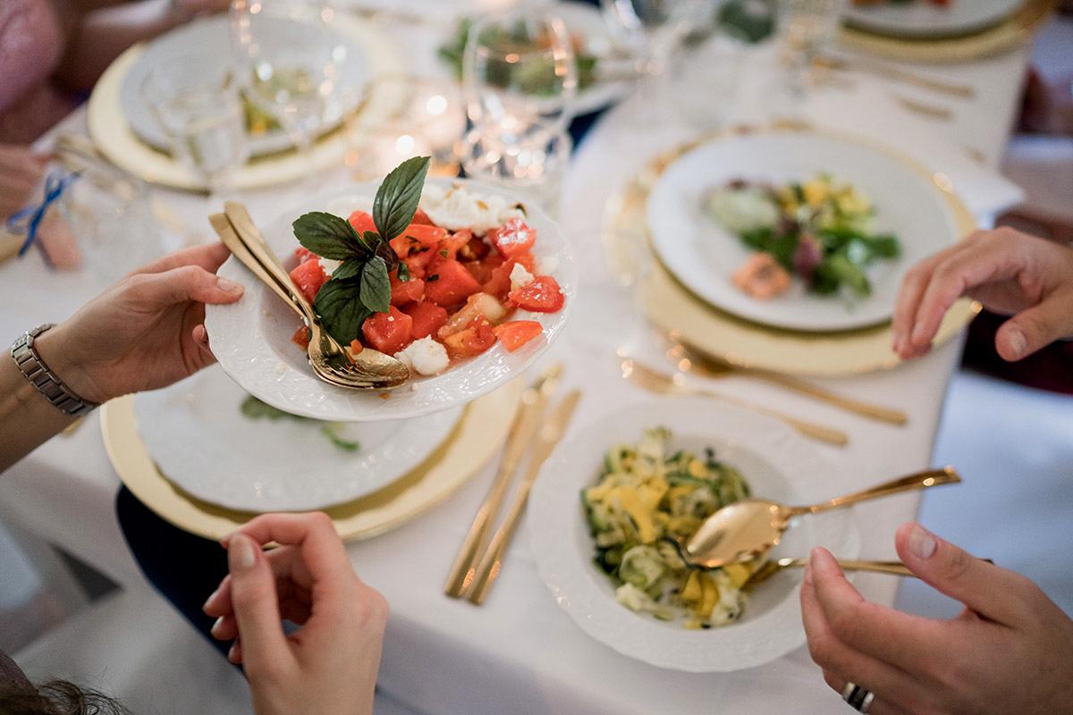 Inspiration Geschirr Gold Diy Vintage Hochzeit Schloss Blankensee Hochzeit Hochzeitsfotograf Berlin C Www Hochzeitslicht De Hochzeitsfotograf Berlin