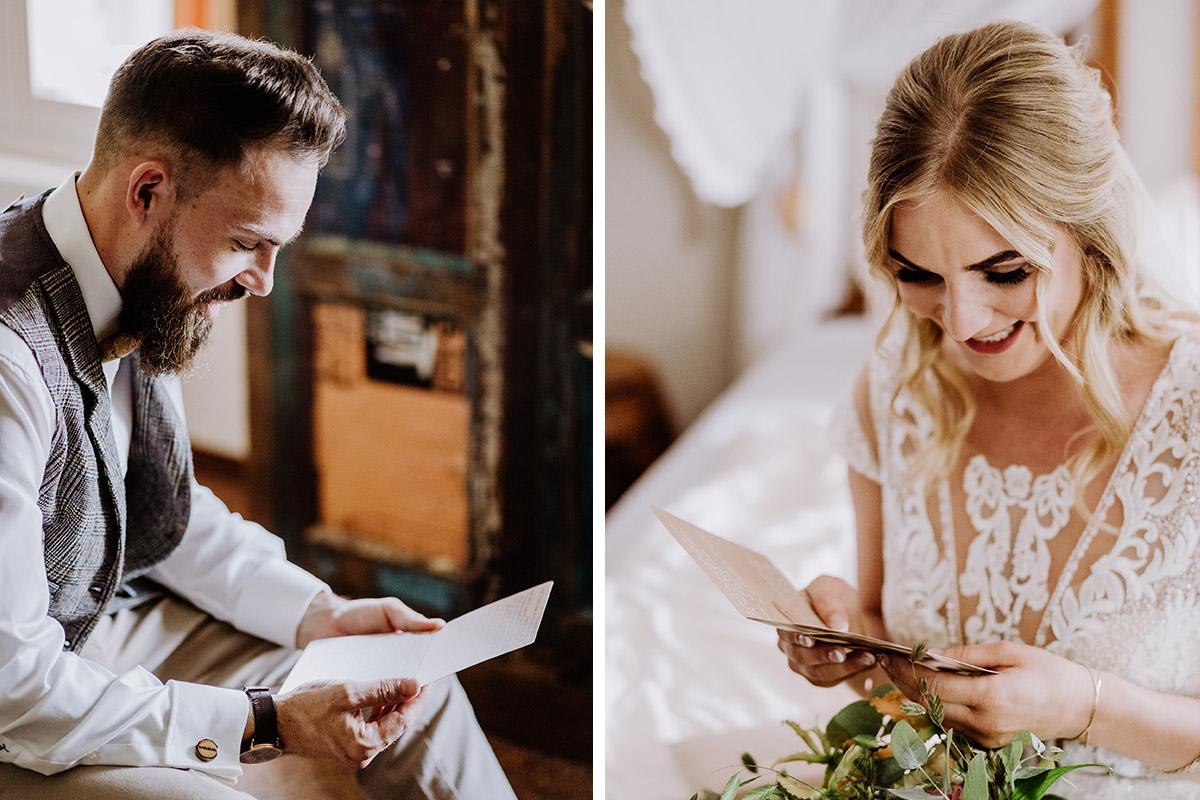 Idee Hochzeitsfoto Getting Ready Liebesbrief zur Hochzeit Braut und Bräutigam - Hochzeit in Scheune und Standesamt in Kirche Berlin von Hochzeitsfotografin © www.hochzeitslicht.de