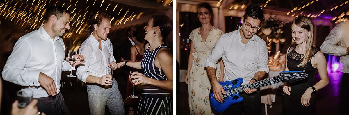 Hochzeitsfotos Tanzen Hochzeitsfeier - elegante deutsch-russisch-amerikanische Schloss Steinhöfel Hochzeit von Hochzeitsfotograf Brandenburg © www.hochzeitslicht.de